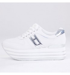 Δίπατα sneakers